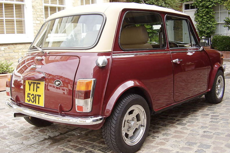 Wood & Pickett Margrave Mini 1979